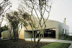 Die Farbe des Hauses changiert mit der Tages- und Jahreszeit   Biehler Weith Associated ©Brigida Gonzalez, Stuttgart