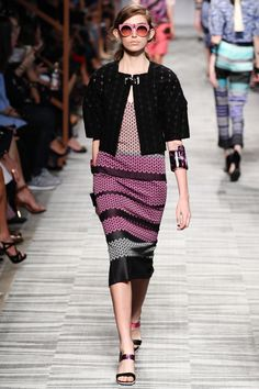 Missoni Spring 2014 RTW - Review - Fashion Week - Runway, Fashion Shows and Collections - Vogue