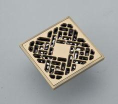 Alibaba グループ | AliExpress.comの 排水 からの  ボックス内のブランドの新しい出荷する準備ができて. 通常1営業日以内に.商用のために, ホーム, バーなど. 使用.クラシカルなデザイン材料: 真鍮仕上げ: アンティーク真鍮サイズ: 100×100ミリメートルの穴の大きさのた 中の 真鍮色浴室の床ドレン