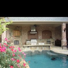 Swim up bar and outdoor grill