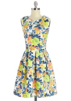 Delightful Return Dress. Make a triumphant return from your European excursion in this pretty floral dress by Closet.  #modcloth