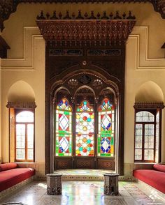 We are independents devoted to bringing together Lebanese from all around the world in the aim of synergizing efforts towards building the Lebanon of our dreams. Islamic Architecture, Beautiful Architecture, Arabian Decor, History Of Islam, Beirut Lebanon, Interior Decorating, Interior Design, Arched Windows, Old City