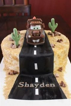 CakeSide - TowMater submitted by Cake Dreams by Lee on www.cakeside.com! Birthday Cakes, Birthday Ideas, Thomas Birthday Parties, Car Cakes, Disney Cakes, How To Make Cake, Amazing Cakes, Fondant, Cake Recipes