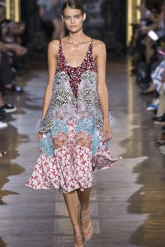 Stella McCartney womenswear, spring/summer 2015, Paris Fashion Week