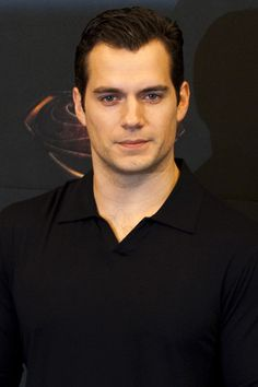 Man of Steel Henry Cavill has a new girlfriend!