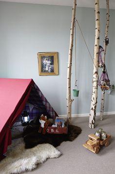 """Wie man mit ein bisschen Farbe und ein paar Ideen Kinderzimmer hübsch einrichtet. Ein Vorab-Einblick in mein Wohnbuch """"Wie eine Wohnung ein Zuhause wird"""". Und eine schöne Aktion von Farrow & Ball."""