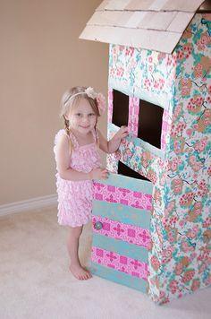 DIY Cardboard Playhouse / Dollhouse
