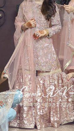 Black Bridal Dresses, Desi Wedding Dresses, Asian Wedding Dress, Pakistani Wedding Outfits, Indian Bridal Outfits, Pakistani Mehndi Dress, Beautiful Pakistani Dresses, Pakistani Wedding Dresses, Nikkah Dress