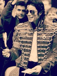 Michael Jackson in military jacket ❤️