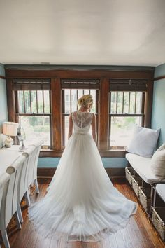 A classic and elegant destination Southern garden wedding in Nashville   Paul Rowland Photography  Venue: CJ's Off the Square, Franklin, TN