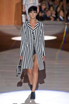 Stripes Runway Fashion Week Spring 2013 - Spring 2013 Fashion Trends - ELLE