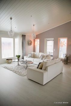 Coconut White - Christmas Livingroom