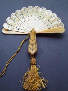 Antique Victorian Celluloid HAND FAN & POWDER COMPACT Combo Purse Accessory