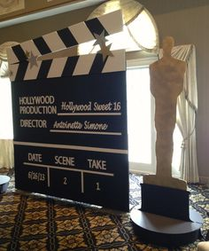 Hollywood Clap Board and Oscar or other backdrop like the red carpet with DABSJ background? Dance Themes, Prom Themes, Movie Themes, Deco Cinema, Cinema Party, Red Carpet Theme, Red Carpet Party, Red Carpet Backdrop, Hollywood Sweet 16
