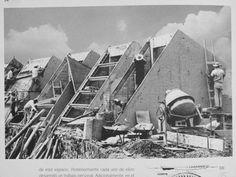 ¡Feliz cumpleaños Espacio Escultórico!  1979-2014  Durante la construcción del EE, foto del libro El Espacio Escultórico
