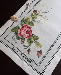 1 million+ Stunning Free Images to Use Anywhere Cross Stitch Tree, Cross Stitch Heart, Cross Stitch Borders, Cross Stitch Flowers, Cross Stitch Designs, Cross Stitching, Cross Stitch Embroidery, Hand Embroidery, Cross Stitch Patterns