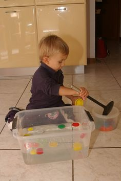 50 activit s montessori pour les enfants de 2 ans ief. Black Bedroom Furniture Sets. Home Design Ideas