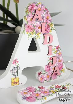 Personalized letter, Freestanding Wooden Letter, Gift for girl, Wooden letter name, Newborn or Chris Decoupage Letters, Painting Wooden Letters, Decoupage Wood, Diy Letters, Painted Letters, Decoupage With Napkins, Decoupage Ideas, Wood Letters Decorated, Decorating Wooden Letters