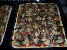 RECIPES FROM SICILY: Truly authentic pizza....your pizza will never be the same again =)