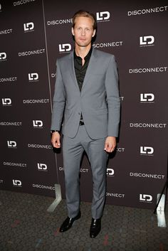 Alexander Skarsgard suited up to screen Disconnect in the Big Apple | Pictures