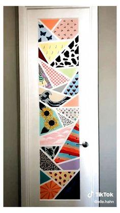 Easy Canvas Art, Simple Canvas Paintings, Mini Canvas Art, Diy Canvas, Painted Bedroom Doors, Painted Doors, Art Room Doors, Aesthetic Painting, Aesthetic Room Decor
