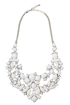 white bridal Accessories  (BridesMagazine.co.uk)
