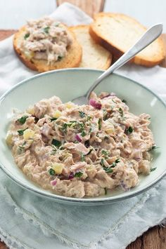 Healthy tuna salad – Famous Last Words Healthy Diet Recipes, Vegetarian Recipes, Healthy Eating, 1200 Calorie Diet Menu, Healthy Tuna Salad, Comfort Food, Diet Meal Plans, Tapas, No Cook Meals