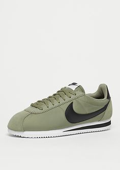 b1207b2ec952 NIKE Classic Cortez Nylon trooper black white