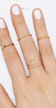 Gold Jewelry white manicure + delicate rings You're So Golden Ring Set Jewelry Rings, Jewelry Accessories, Fine Jewelry, Fashion Accessories, Fashion Jewelry, Jewelry Quotes, Silver Jewelry, Wire Jewellery, Jewelry Stand