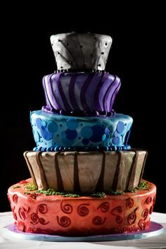 Tim Burton-esque wedding cake