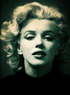 Marilyn-Monroe-pb03