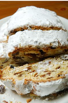 Learn about German food specialties. Find German food in your area. Christmas Stollen Recipe, Christmas Bread, Christmas Baking, Christmas Time, German Christmas, Baking Recipes, Cake Recipes, Dessert Recipes, Netherlands Food