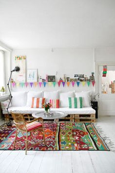 Rug pattern and color scheme