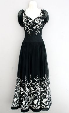 1930-1940's - Best and Co. - Saks Fifth Avenue - Metal zipper - Sheer embroidered - Wedding - Gatsby