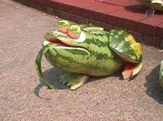 Fruit & Vegetable Carving - Fruit Carving - Vegetable Carving - fun ways to carve watermelon - Frog - Toad - Ribbet Ribbet L'art Du Fruit, Deco Fruit, Fruit Art, Fruit Cakes, Fruit Sculptures, Food Sculpture, Veggie Art, Fruit And Vegetable Carving, Veggie Food
