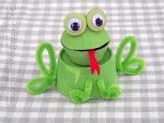 Egg Carton Frog - Crafts by Amanda @Amanda Formaro