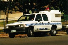 Australian Police Cars > Gallery > Queensland Police > Image: hilux_old Police Vehicles, Emergency Vehicles, Police Cars, Radios, 4x4, 1st Responders, Bike Equipment, Dot Art Painting, Law Enforcement Agencies