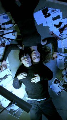 Requiem for a Dream // Directed by Darren Aronofsky // Cinematography Matthew Libatique Cinematic Photography, Film Photography, Mike Singer, Arte Punk, Requiem For A Dream, Arte Indie, Images Esthétiques, Movie Shots, Applis Photo