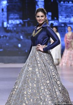 Huma Qureshi's traditional look in a designer lehenga and top by Manish Malhotra. via Voompla.com