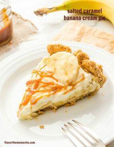 Salted Caramel Banana Cream Pie | flavorthemoments.com #pies #bananas #saltedcaramel #recipes