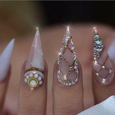 #Nails #NailArt via Edgar ☘️ (@pachekedg) on Instagram