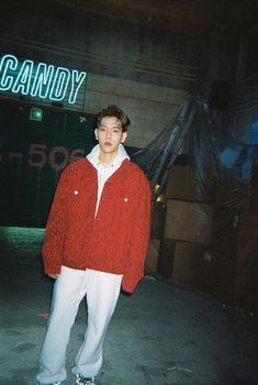 [🍬Taste] Behind the scenes of the 'Candy' MV shooting scene Kpop Exo, Exo Chanyeol, Kyungsoo, Oppa Ya, Exo Lockscreen, Candy S, Chanbaek, Boyfriend Material, Memes