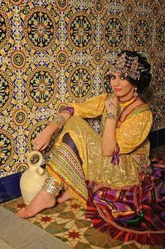 1000 images about femmes kabyle on pinterest robes for Salon kabyle