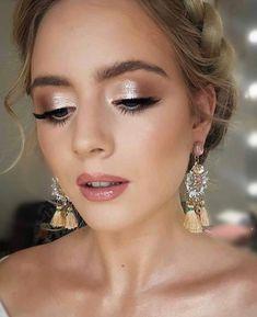 Bride Eye Makeup, Wedding Eye Makeup, Wedding Makeup For Brown Eyes, Bridal Makeup Looks, Skin Makeup, Hair Wedding, Prom Makeup, Wedding Nails, Blue Wedding
