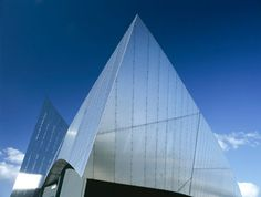 Imperial War Museum, Manchester by Daniel Libeskind