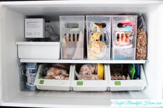 to organize a top freezer and still have room for stockpiled items!How to organize a top freezer and still have room for stockpiled items! Organisation Hacks, Clutter Organization, Kitchen Organization, Refrigerator Organization, Container Organization, Organized Fridge, Refrigerator Cleaning, Clean Fridge, Top Freezer Refrigerator