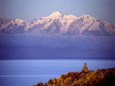 Cordillera Real en Bolivia y Lago Titicaca