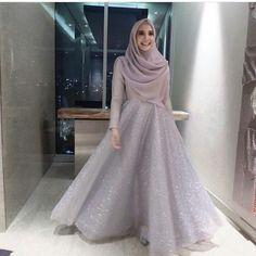 23 Ideas Dress Bridesmaid Hijab Brokat Source by . 23 Ideas Dress Bridesmaid Hijab Brokat Source by dress Hijab Prom Dress, Hijab Gown, Muslimah Wedding Dress, Hijab Style Dress, Hijab Wedding Dresses, Hijab Chic, Modest Dresses, Wedding Abaya, Dress Wedding