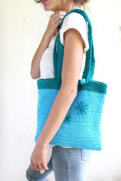 Tote-needlework flowers-just the right size-accessories-gift for you-under 40 USD Sell On Etsy, Diy Projects To Try, Free Gifts, Green Cotton, Needlework, Blue Green, Etsy Seller, Light Blue, Christmas Gifts