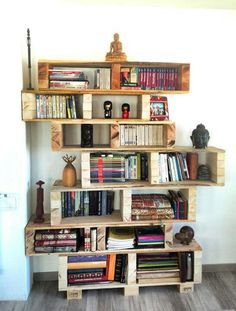 Estantes para livros com paletes